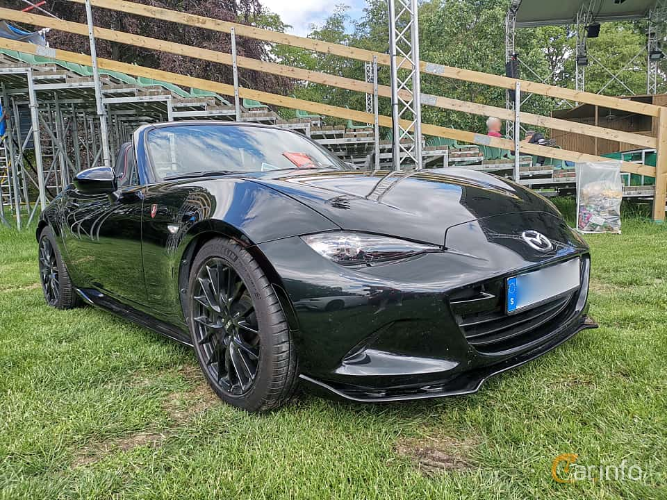 Front/Side  of Mazda MX-5 2.0 SKYACTIV-G Manual, 160ps, 2015 at Sofiero Classic 2019