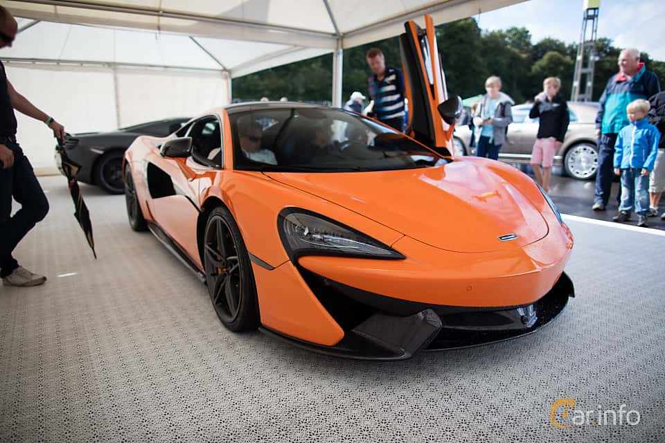 Front/Side  of McLaren 570S 3.8 V8 DCT, 570ps, 2016 at Autoropa Racing day Knutstorp 2015