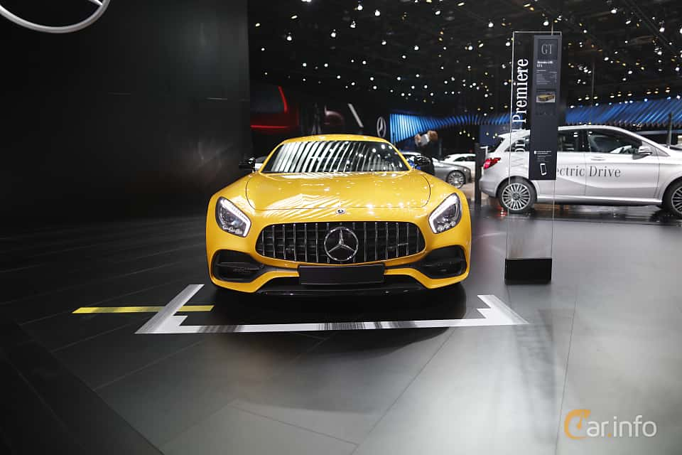 Fram av Mercedes-Benz AMG GT S 4.0 V8 AMG Speedshift DCT, 510ps, 375kW, 2017 på North American International Auto Show 2017