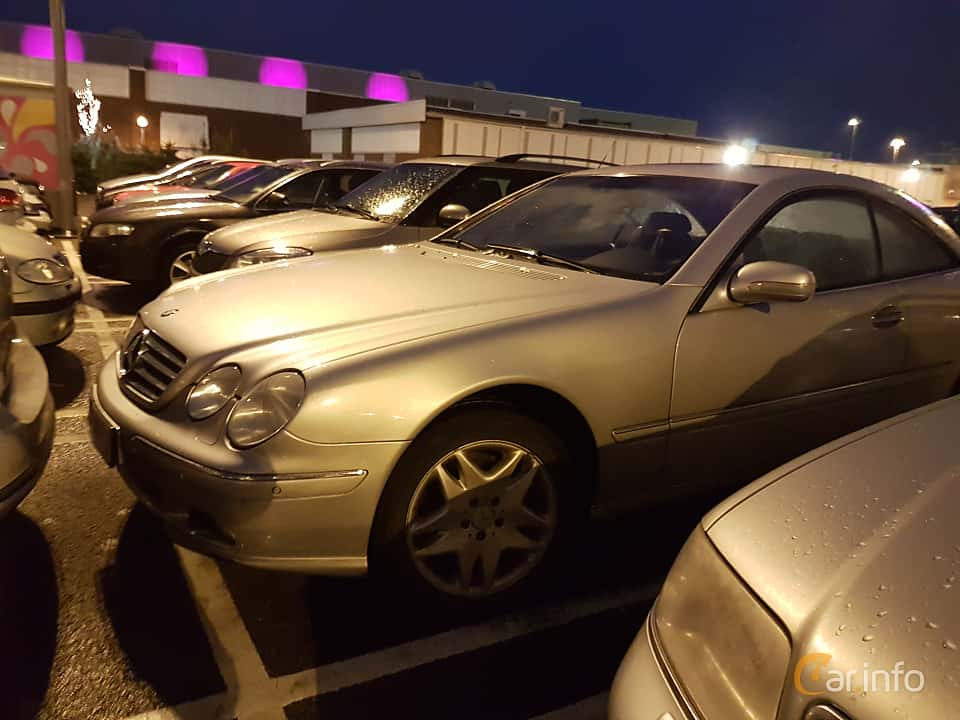 Front/Side  of Mercedes-Benz CL 500 5.0 V8 5G-Tronic, 306ps, 2001