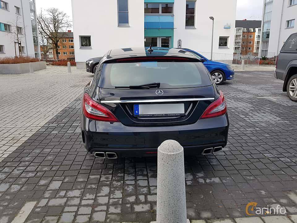 Back of Mercedes-Benz CLS 63 AMG 4MATIC Shooting Brake 5.5 V8 4MATIC , 557ps, 2015
