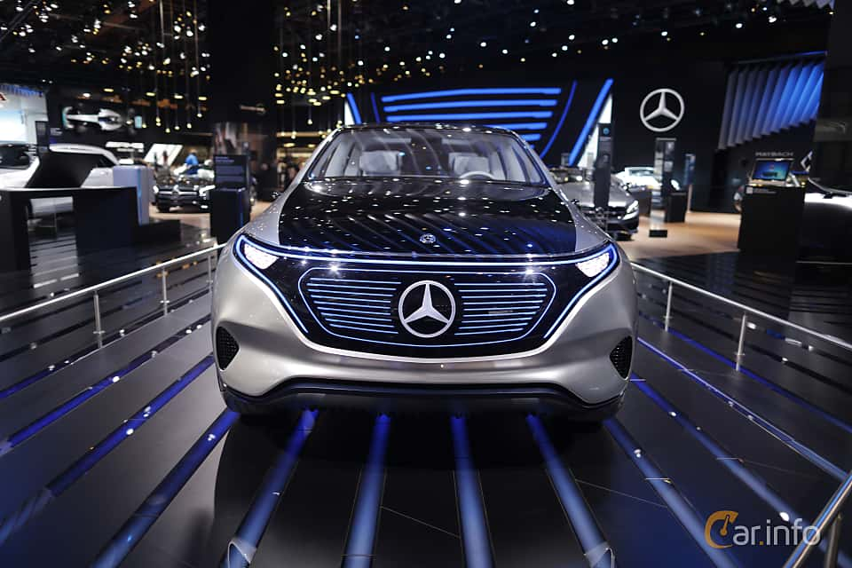 Fram av Mercedes-Benz Generation EQ 70 kWh Single Speed, 408ps, 2016 på North American International Auto Show 2017