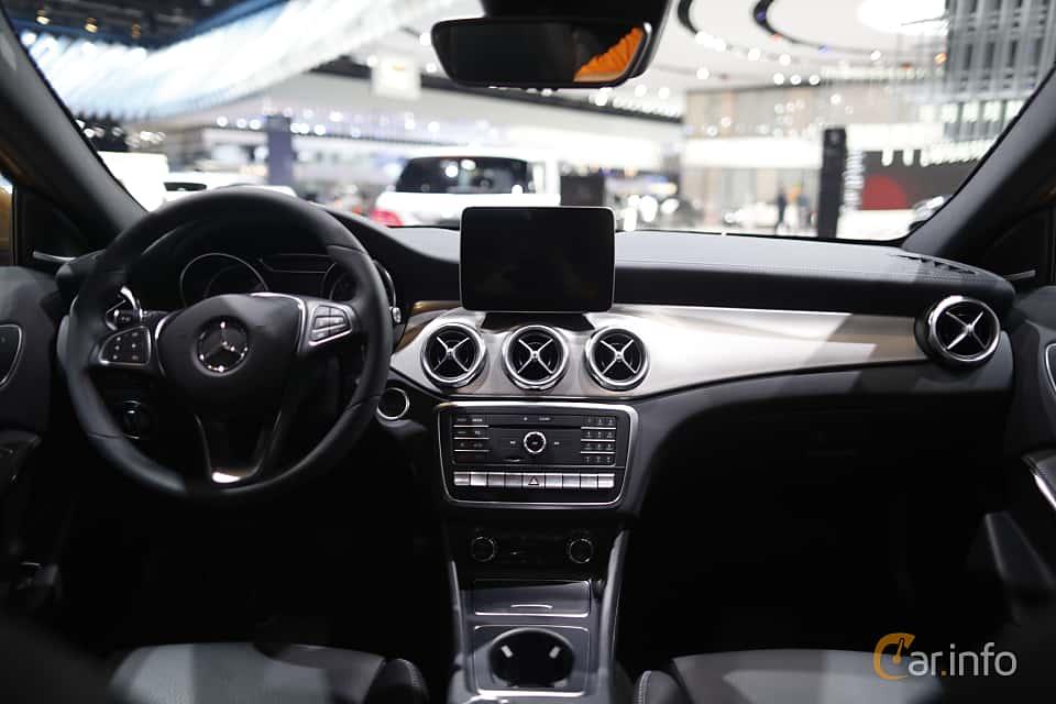 Mercedes benz gla klass generation x156 for Mercedes benz gla class interior