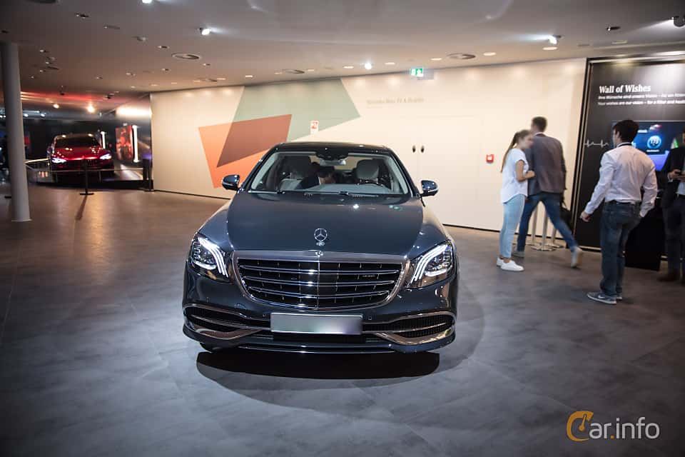 Front  of Mercedes-Benz S-Class Maybach 2018 at IAA 2017