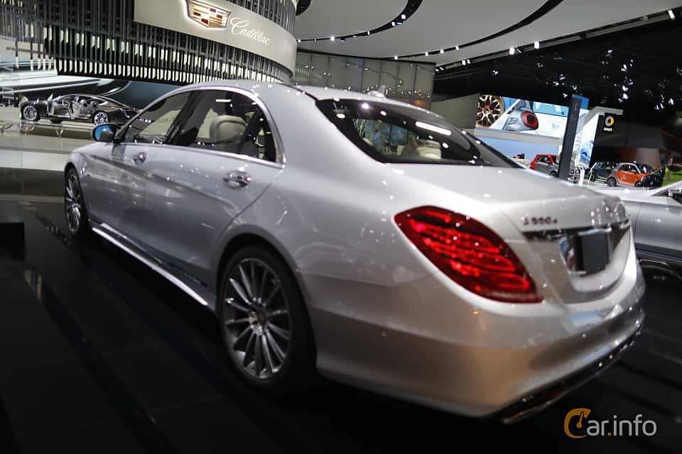 Back/Side of Mercedes-Benz S 500 e L 3.0 V6 7G-Tronic Plus, 442ps, 2017 at North American International Auto Show 2017