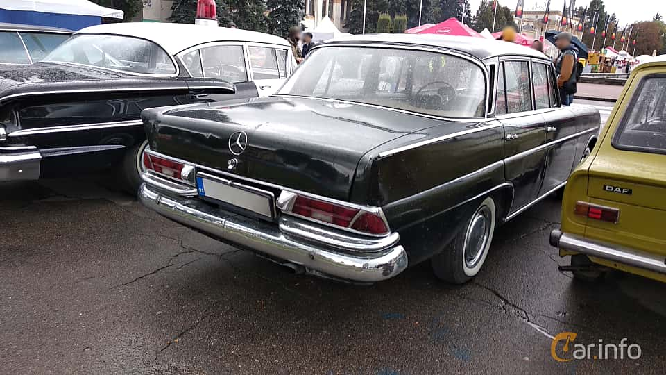 Back/Side of Mercedes-Benz W111 Sedan 1963 at Old Car Land no.2 2018