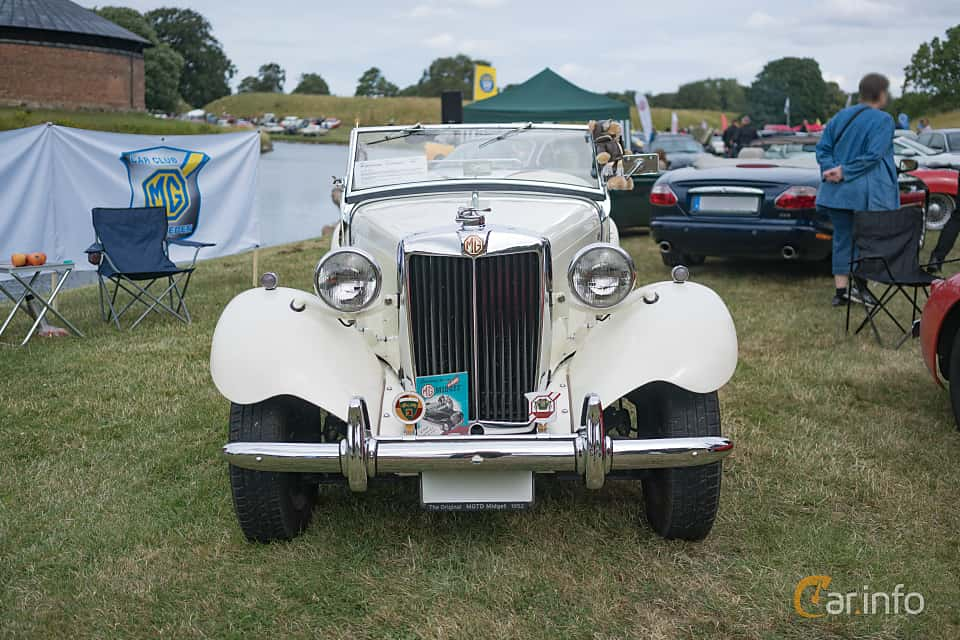 Front of MG TD Midget 1.25 Manual, 57ps, 1952 at Thulinträffen 2017