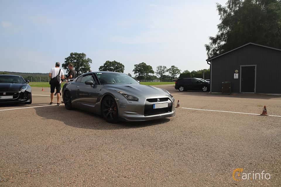 Front/Side  of Nissan GT-R 3.8 V6 4x4 DCT, 485ps, 2010 at Autoropa Racing day Knutstorp 2019