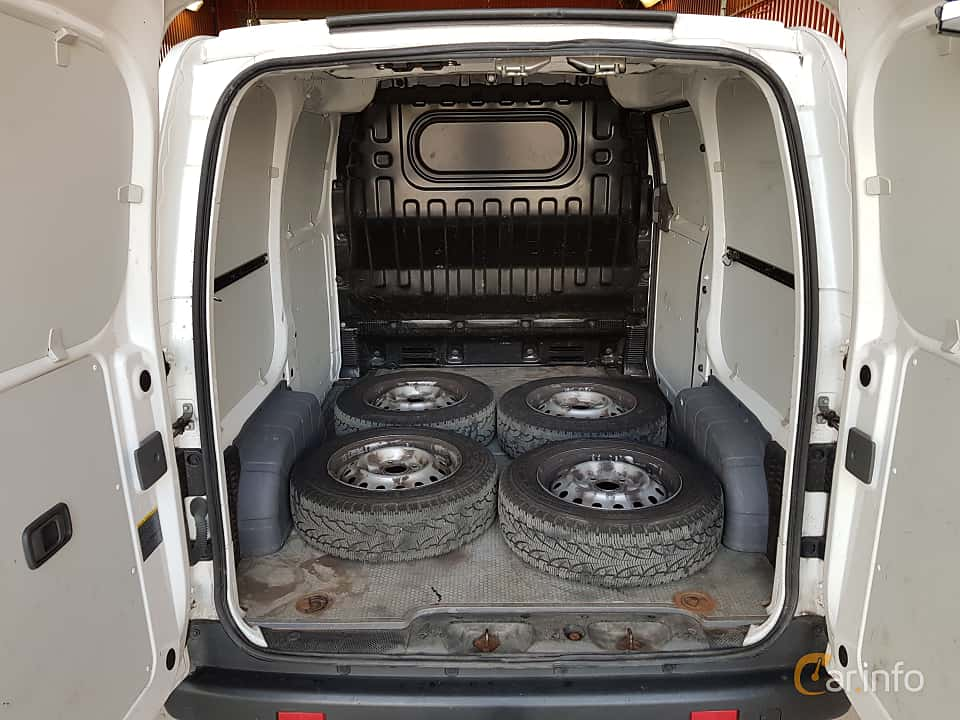 Interior of Nissan NV200 Van 1.5 dCi Manual, 90ps, 2014
