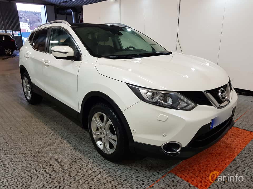 nissan qashqai 1 6 dci xtronic cvt 130hp 2015. Black Bedroom Furniture Sets. Home Design Ideas