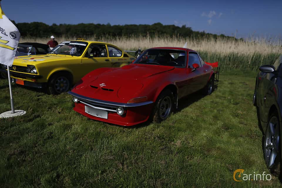 Front/Side  of Opel GT 1900 1.9 Manual, 90ps, 1969 at Tjolöholm Classic Motor 2018