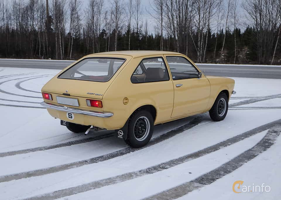 Bak/Sida av Opel Kadett 1200 S City 1.2 Manual, 60ps, 1976
