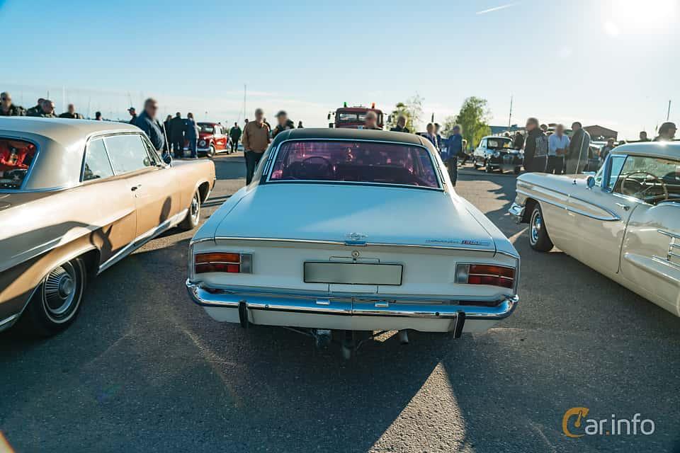 """Back of Opel Rekord Coupé 1.9 S Manual, 90ps, 1969 at Nyköpings hamnträffar 2019 Vecka 20  Tema: """"Kvinnor vid ratten"""""""