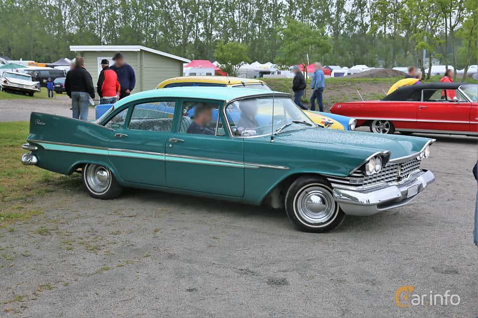 Front/Side  of Plymouth Belvedere 4-door Sedan 5.2 V8 TorqueFlite, 233ps, 1959 at Nossebro Motorlördag  2019