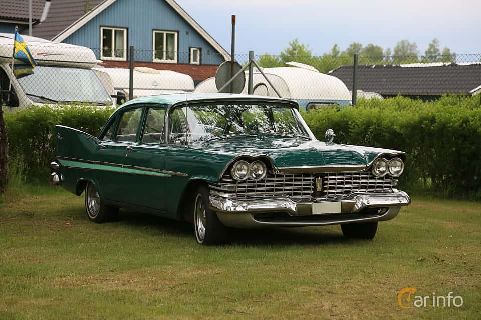 Front/Side  of Plymouth Belvedere 4-door Sedan 5.2 V8 TorqueFlite, 233ps, 1959 at Nostalgifestivalen i Vårgårda 2019