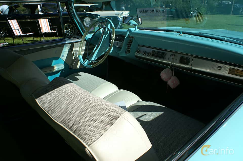Interior of Plymouth Sport Fury 2-door Hardtop 5.9 V8 TorqueFlite, 309ps, 1959