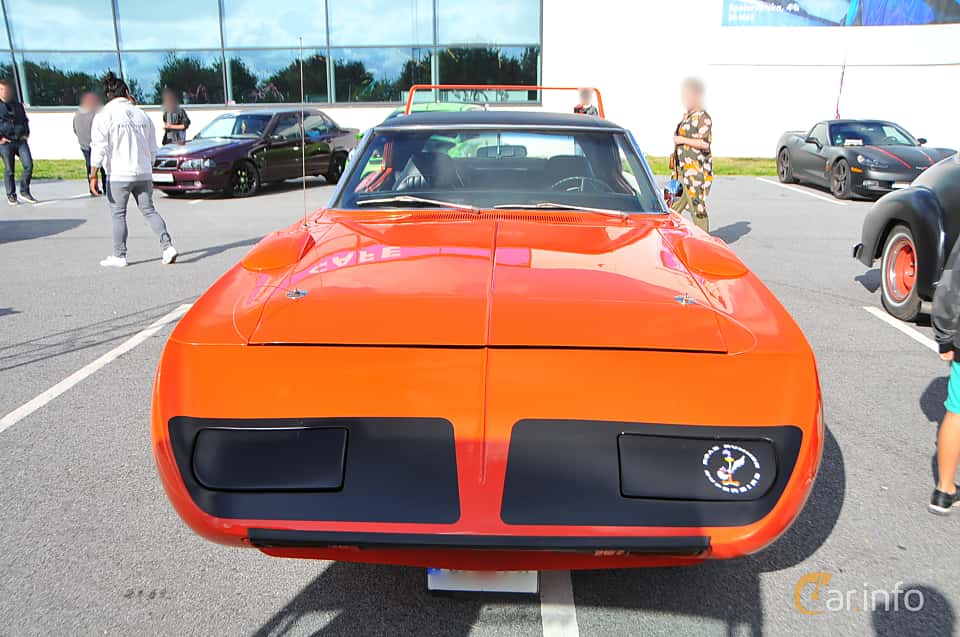 Front  of Plymouth Road Runner Superbird 7.2 V8 TorqueFlite, 375ps, 1970 at Biltema Gatbilar Lund 2018