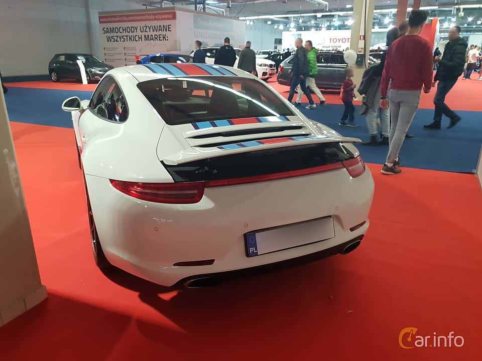 Back/Side of Porsche 911 Carrera 4S 3.8 H6 4 400ps, 2012 at Warsawa Motorshow 2018