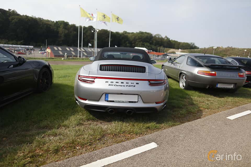 Back of Porsche 911 Carrera 4 GTS Cabriolet  PDK, 450ps, 2017 at Autoropa Racing day Knutstorp 2019