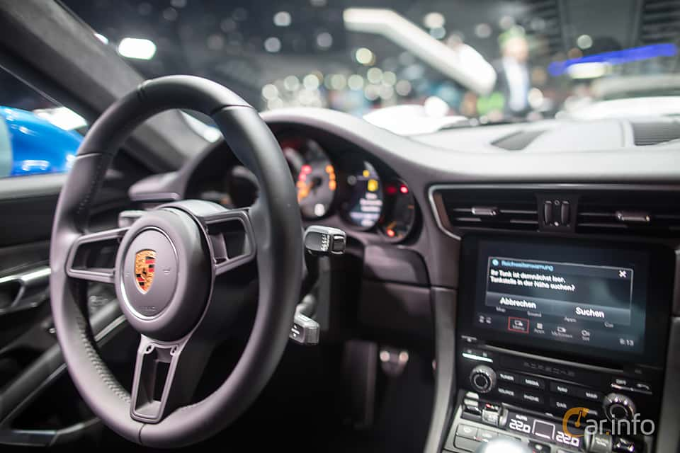 Interior of Porsche 911 GT3 4.0 H6 Manual, 500ps, 2018 at IAA 2017