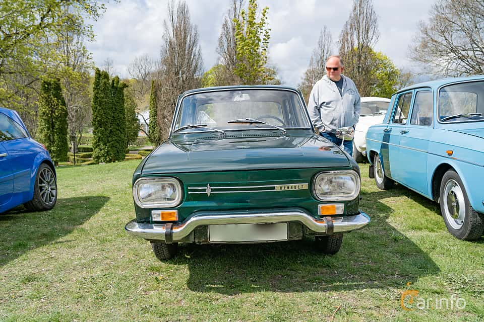 Front  of Renault 10 1.1 Manual, 46ps, 1968 at Fest För Franska Fordon  på Taxinge slott 2019