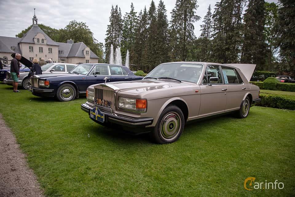 Front/Side  of Rolls-Royce Silver Spur 6.75 V8 Automatic, 201ps, 1987 at Rolls-Royce och Bentley, Norrviken Båstad 2019