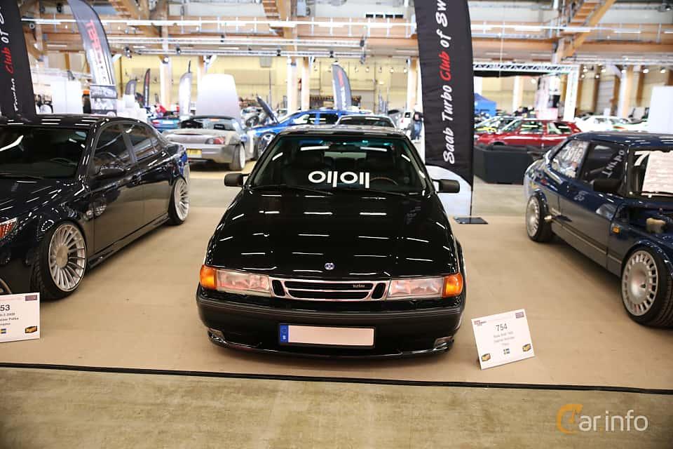 Front of Saab 9000 CS 2.0 Turbo Manual, 185ps, 1996 at Bilsport Performance & Custom Motor Show 2018