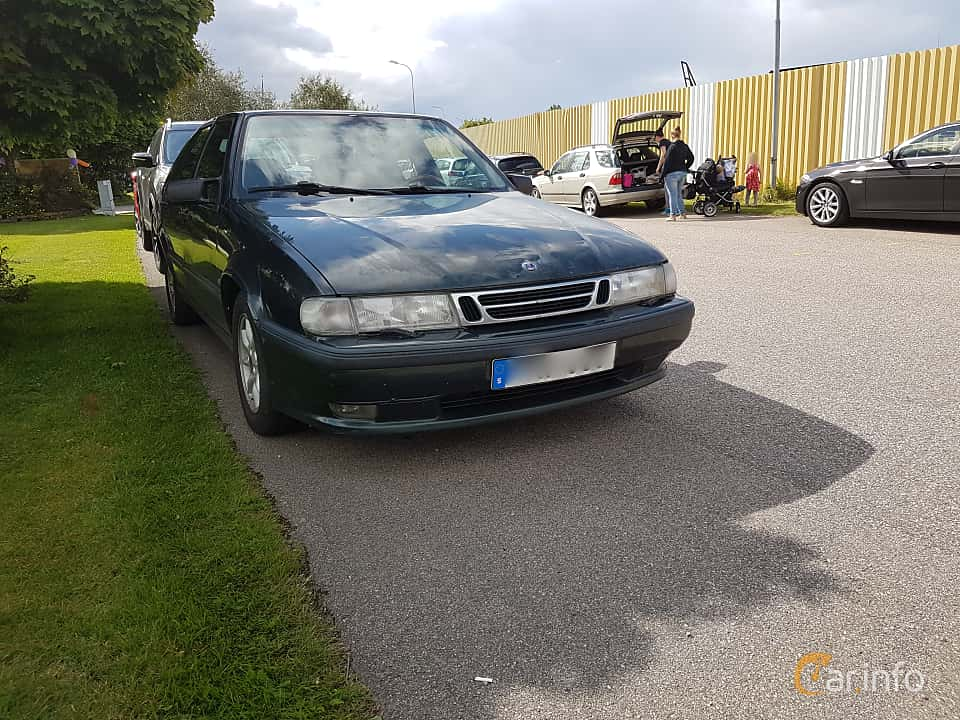 Fram/Sida av Saab 9000 CS 2.0 Turbo Manual, 150ps, 1998