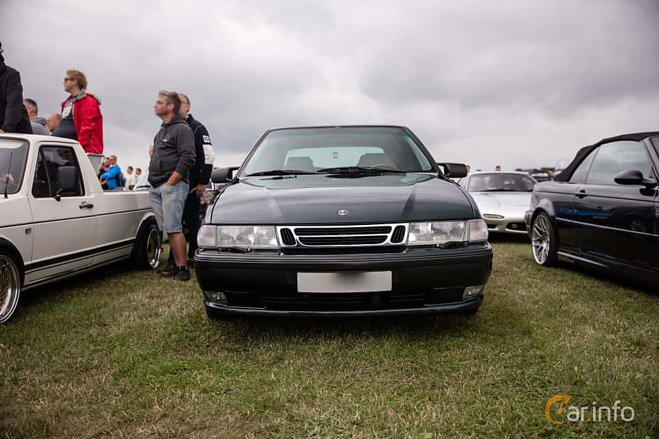 Fram av Saab 9000 CS 2.0 Turbo Manual, 150ps, 1997 på Vallåkraträffen 2018