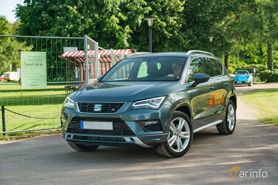 Front/Side  of SEAT Ateca FR 2.0 TSI 4Drive DSG Sequential, 190ps, 2019 at Ronneby Nostalgia Festival 2019