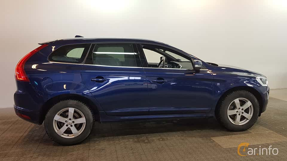 Side  of Volvo XC60 2.0 D3 Geartronic, 150ps, 2016