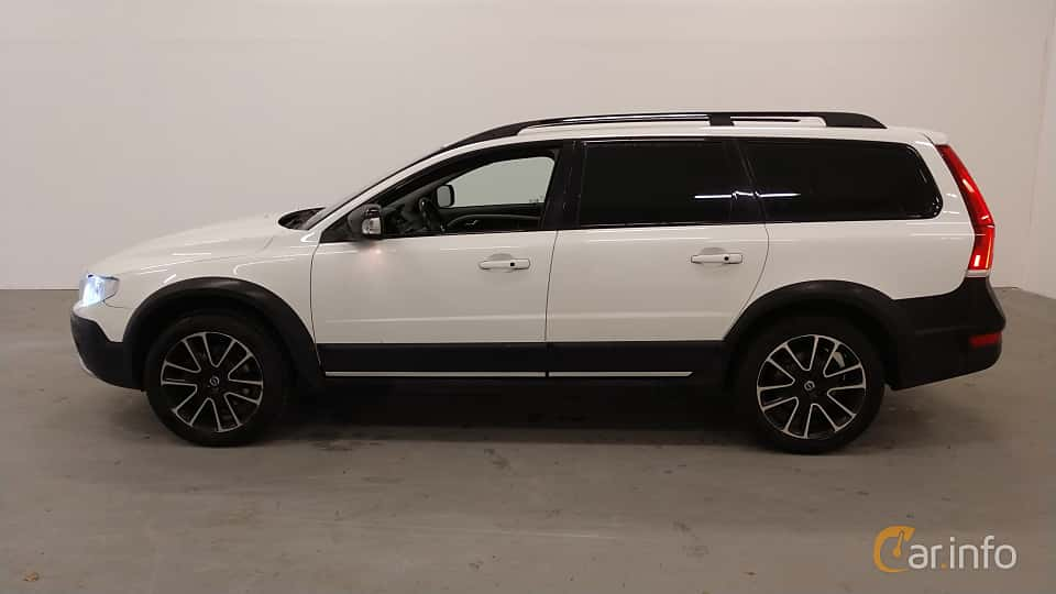 Side  of Volvo XC70 D4 AWD Geartronic, 181ps, 2016