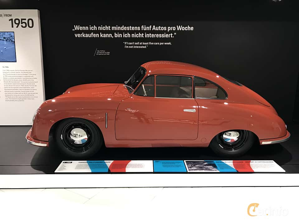 Side  of Porsche 356 1100 Coupé 1.1 Manual, 40ps, 1948