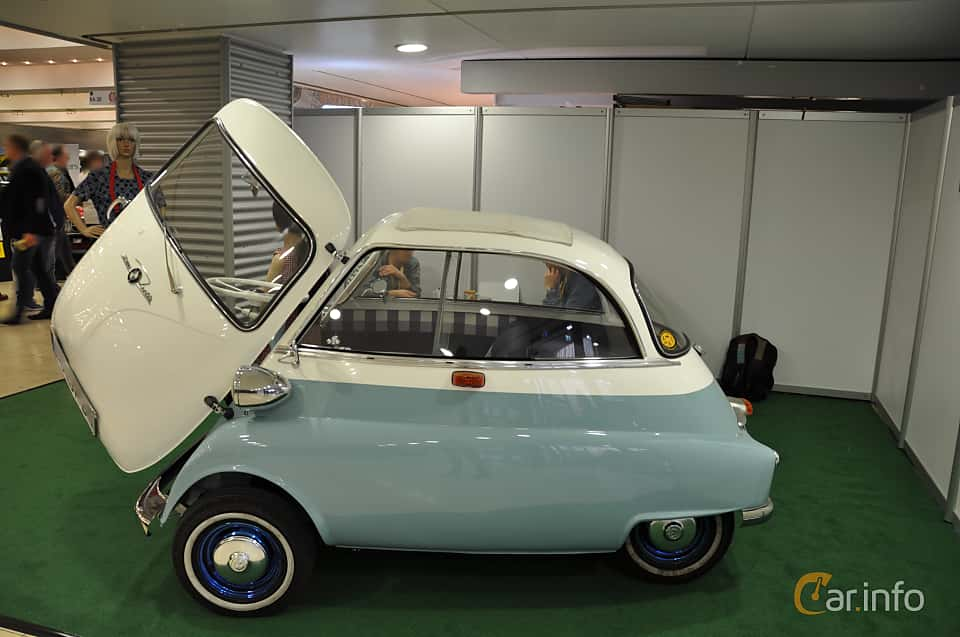 Side  of BMW Isetta 250  Manual, 12ps, 1955 at Techno Classica Essen 2019