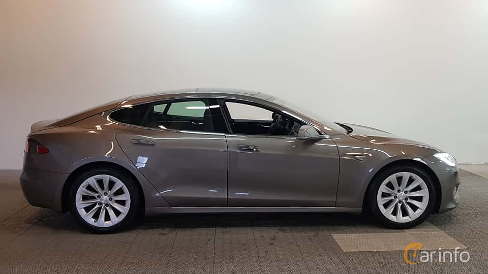 Side of Tesla Model S 90D 90 kWh AWD Single Speed, 423ps, 2016