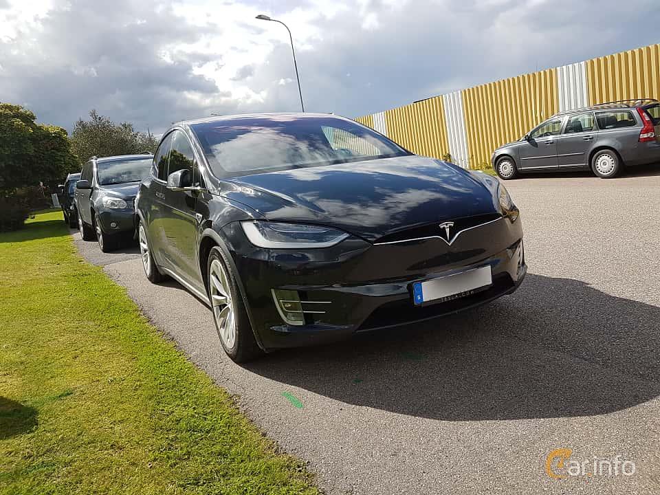 Fram/Sida av Tesla Model X 90D 90 kWh AWD Single Speed, 423ps, 2016