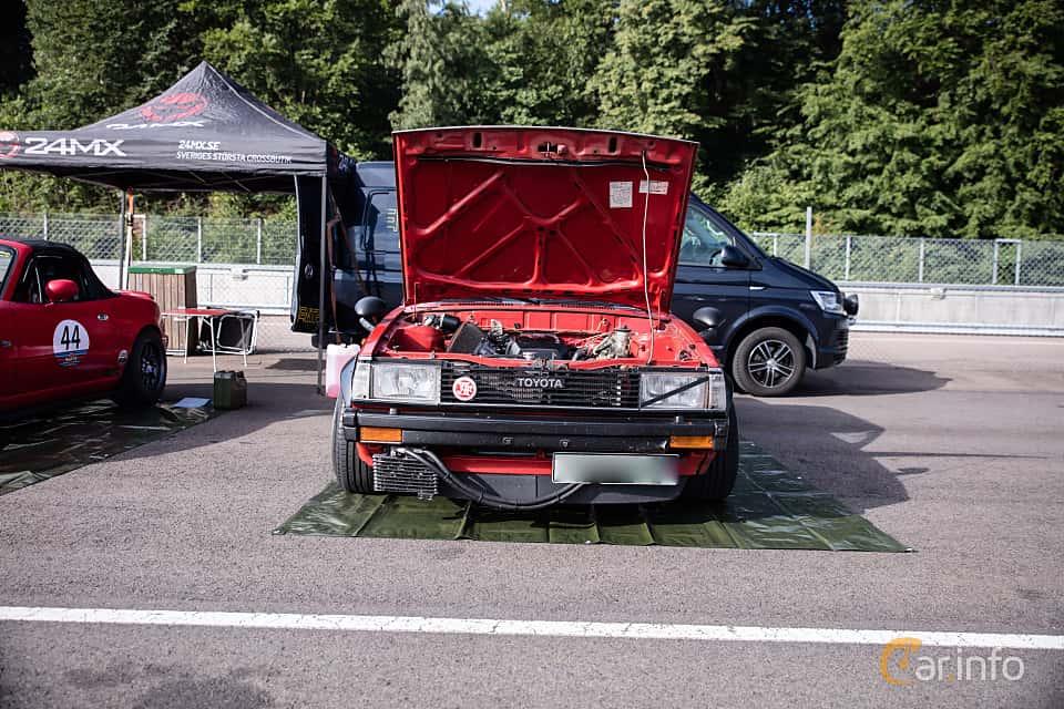 Fram av Toyota Corolla 2-door Sedan 1.3 Manual, 60ps, 1982 på JapTuning Trackday 2018 Knutstorp