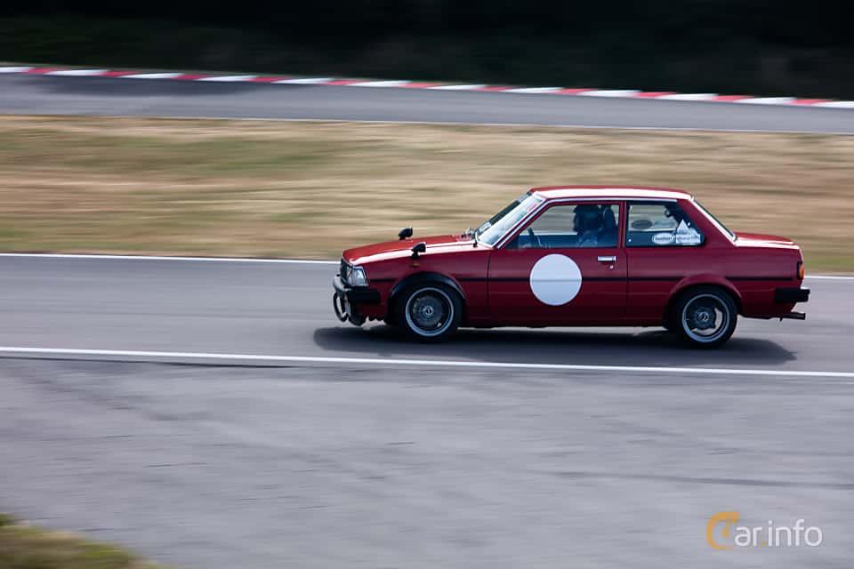 Sida av Toyota Corolla 2-door Sedan 1.3 Manual, 60ps, 1982 på JapTuning Trackday 2018 Knutstorp