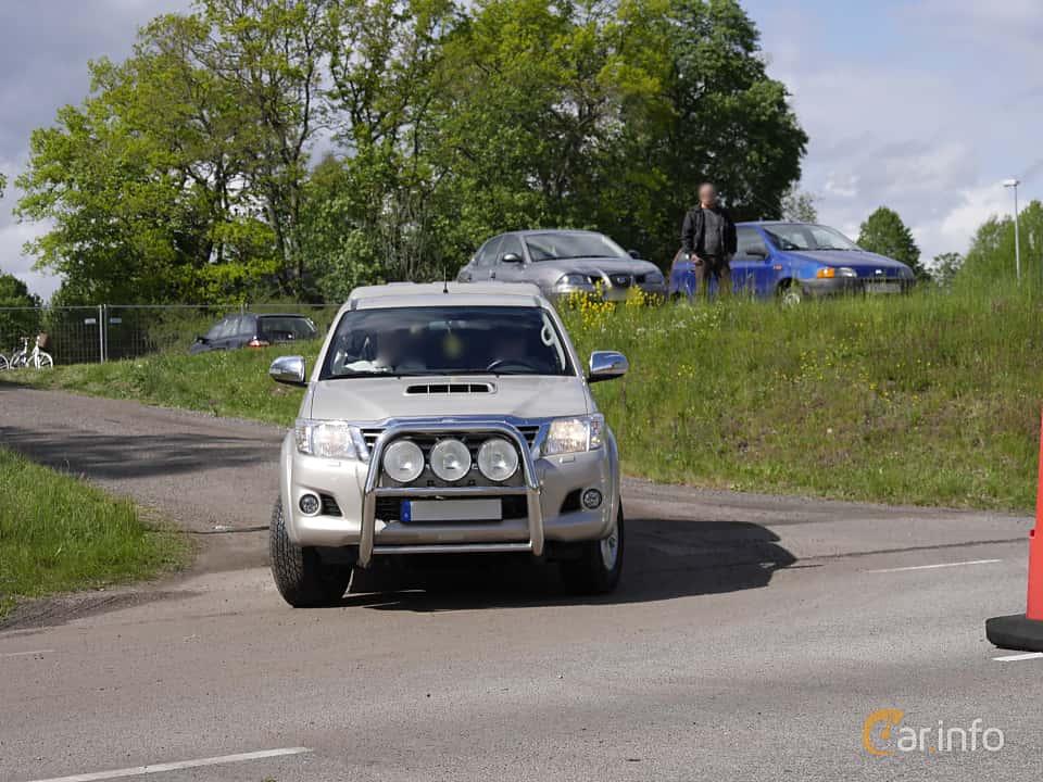 Toyota Hilux Extra Cab 2 5 4x4 Manuell 144hk 2013