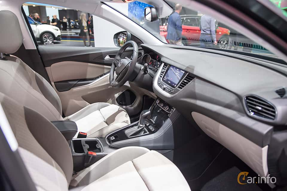 5 images of vauxhall grandland x 1 2 turbo automatic for Interior opel grandland x