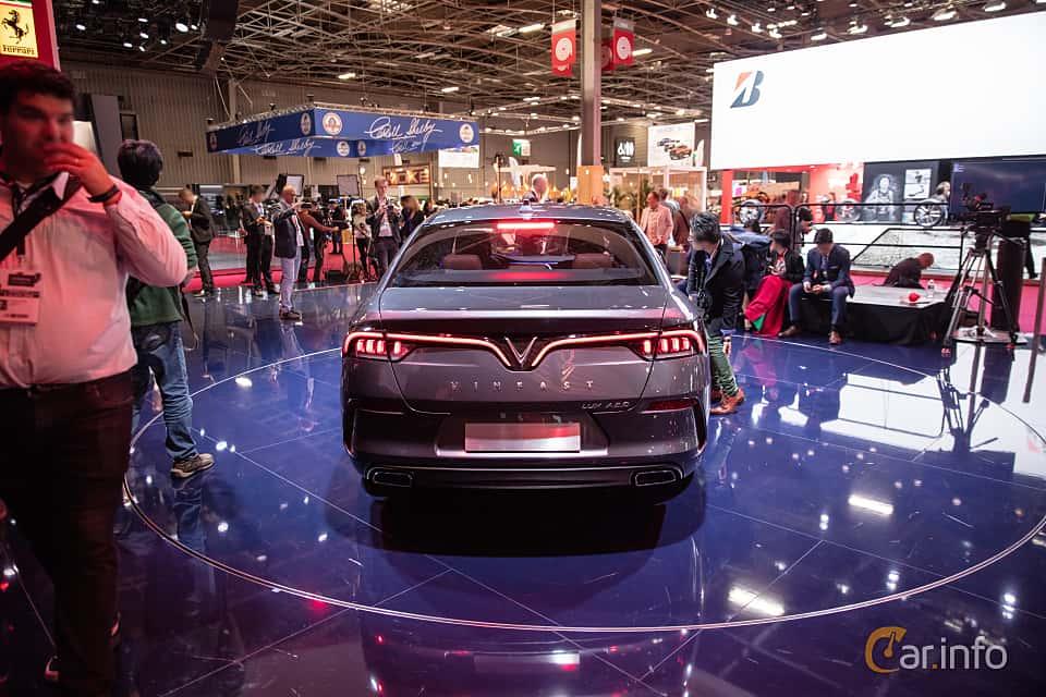 Back of VinFast LUX A2.0 2019 at Paris Motor Show 2018