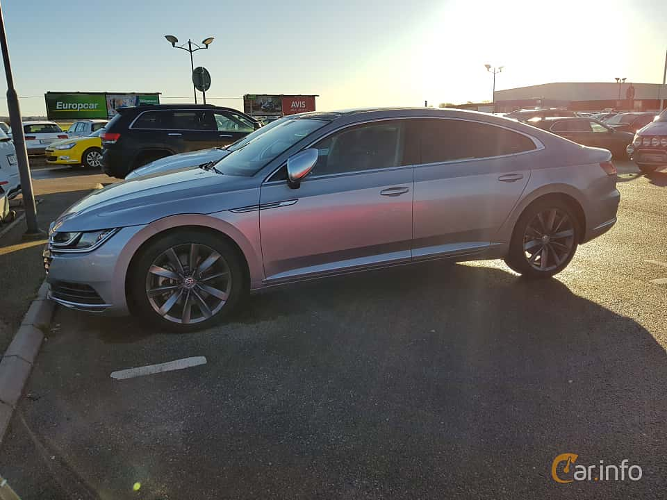 Side  of Volkswagen Arteon 2.0 TDI 4Motion DSG Sequential, 239ps, 2017