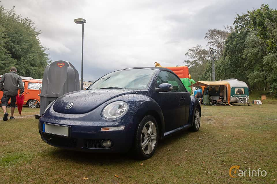 Front/Side  of Volkswagen New Beetle Cabriolet 1.6 Manual, 102ps, 2008 at West Coast Bug Meet 2019