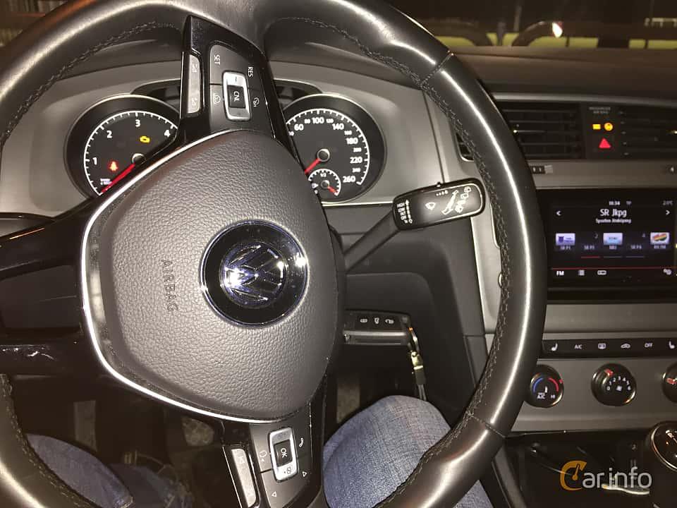 Volkswagen golf variant 2015 for Interior golf variant