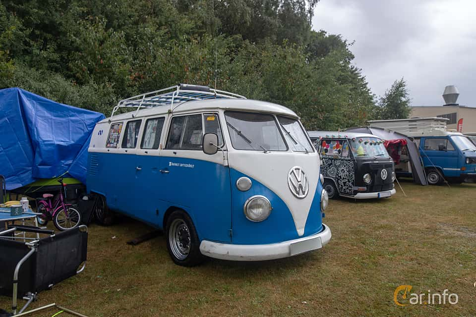 Front/Side  of Volkswagen Transporter 1500 1.5 Manual, 44ps, 1966 at West Coast Bug Meet 2019