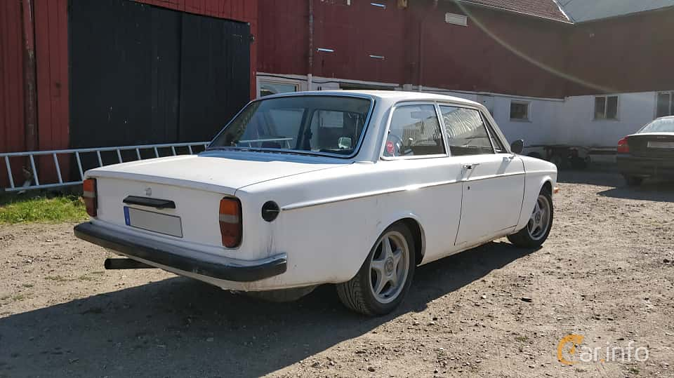 Back/Side of Volvo 142 2.0 Automatic, 82ps, 1971