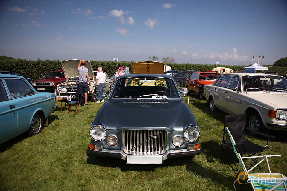 Front  of Volvo 164 3.0 B30A Manual, 130ps, 1971 at Tjolöholm Classic Motor 2018