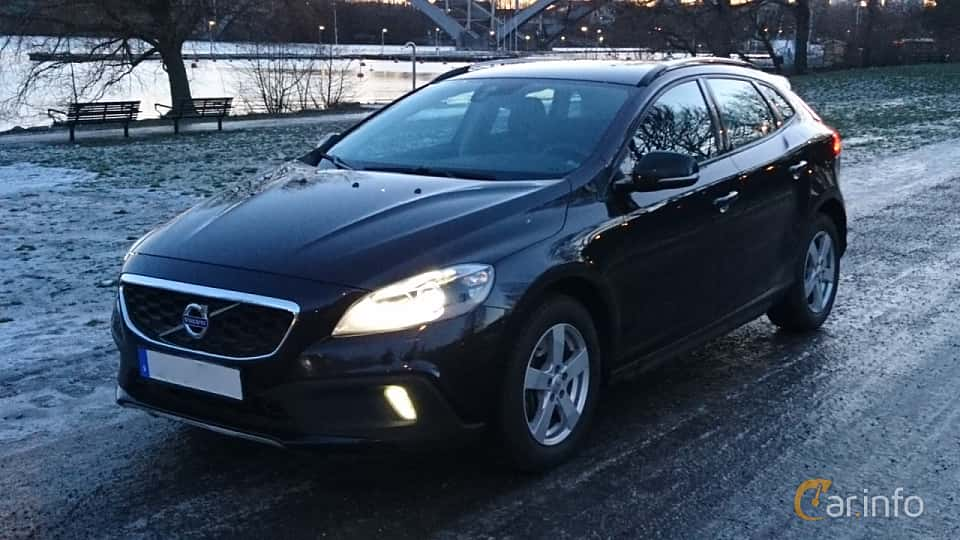 Front/Side  of Volvo V40 Cross Country D3 Geartronic, 150ps, 2016