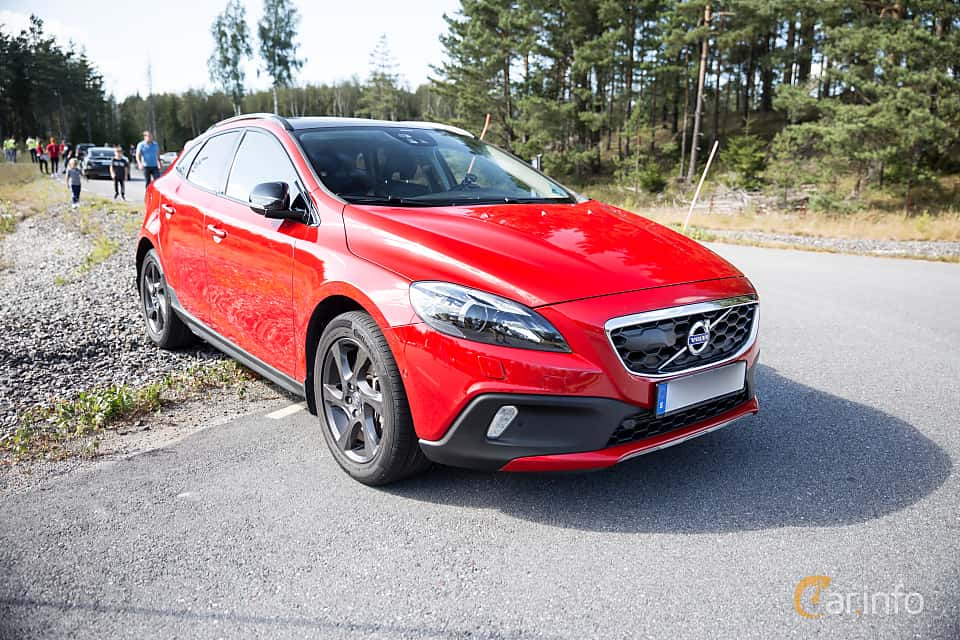 Volvo V40 Cross Country Generation P1 T5 Awd Geartronic 6 Speed