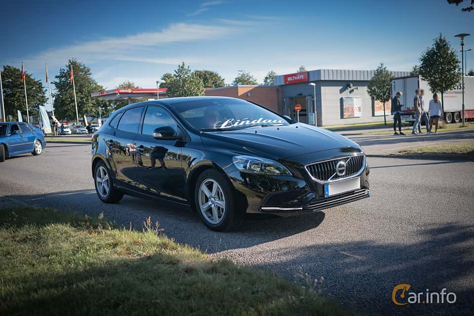 2018 volvo v40. unique volvo volvo v40 15 t3 geartronic 152hp 2018 to volvo v40